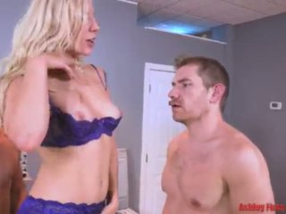 Dr Mom Gets DPed By Brother And Son (M...