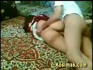 Alcoolisée muslim chienne baisée
