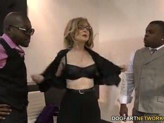 Nina hartley fucks melnas guys par votes