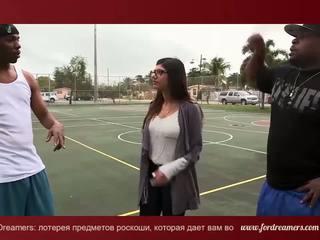 Mia khalifa betrogener ehemann mit 2 groß schwarz dicks