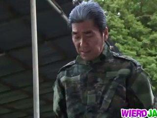 Wierd japonia: japonez milf got tied în sus și tortured gol