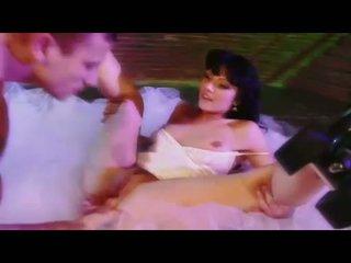 Sexy nana ava rose gets son chatte eaten et swallows une grand dur bite