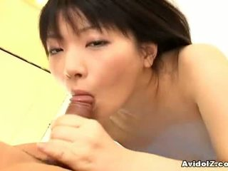 Akane ozora doing pompino e licking balls1