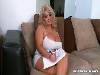 große brüste, reifen, blondine