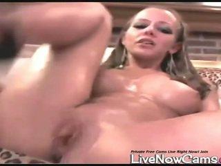Nuda squirts in bowl su vivere cam