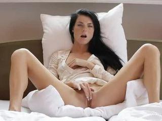 orgasme, clitoris, chatte rasée