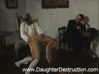 青少年 女儿 屈辱