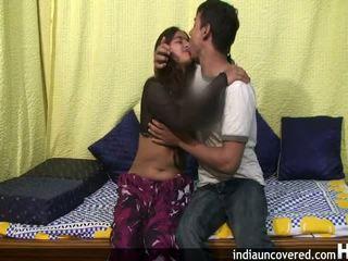 Amatőr indiai tini -ban neki első szex színhely