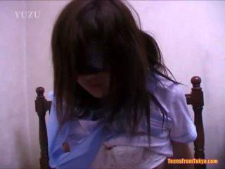 اليابانية في سن المراهقة مارس الجنس مقرف