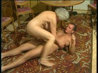 Sexy cu excitat bunici video