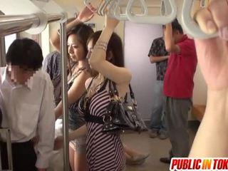 Smut थाई पब्लिक सेक्स involving पार्टी
