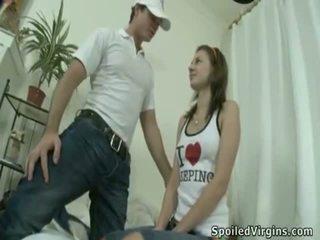 Opwindend ontmaagding actie dicht naar sleaze virgin.