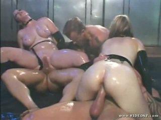 ruskeaverikkö tuore, kuuma isot tissit kuuma, anal sex kiva