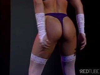 ideaal vaginale masturbatie mov, striptease porno, zwartharige