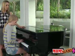 Milf fucks piano student