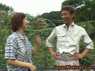 Chisato shouda アジアの 成熟した ひよこ gets