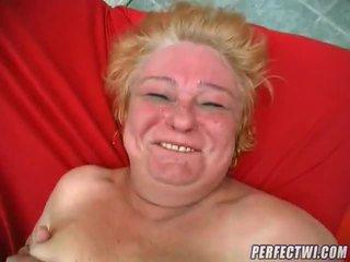 Debel babi pripravljen za kurac