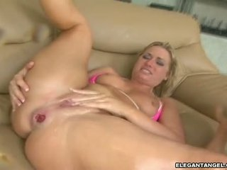 Reged sindee jennings desires one hawt explosion of pejuh in her mouth