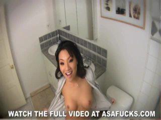 Masturbating Beauty Asa Akira In The Bath