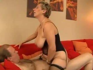 vers grannies, zien matures scène, heet milfs porno