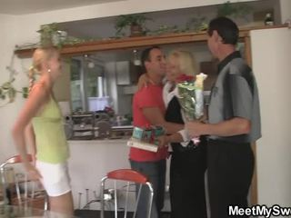 heiß old man old and young mature milf granny grandpa alle