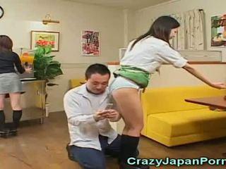 Verrückt porno mit japanisch waitresses!