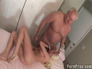 Xưa và youthful khiêu dâm ống
