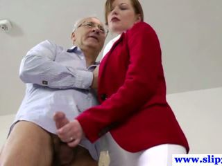 Old english gentleman gets bj