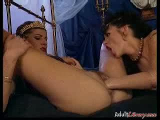 Extreme wet pussy Fisting Action with lesbian feminine hot milf