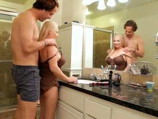 新鮮 semen onto 大規模 媽媽 id 喜歡 到 他媽的 瓜