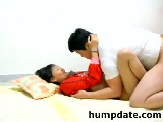 Asian amateur couple fucking on the floor
