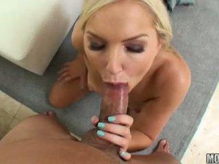 Sizzling hawt taylor tilden pleases một chắc chắn wang trong cô ấy sexy steamy miệng