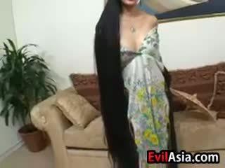 Reif asiatisch mit lange haar