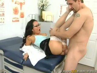 Niegrzeczne doktor asa akira receives jej taut cipka pounded ciężko