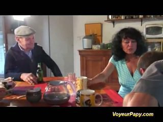 Papy screws dame in imbecilic kwartet