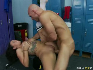 A Sexy Video Of Girl And A Man Fucking Hard