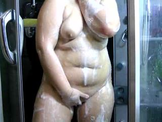 Chubby Amature Brunette Teen in the Shower
