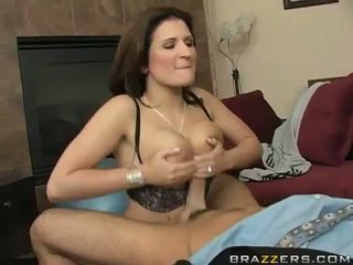 Big Titts Brunette MILF Austin Kincaid Couch Fucking Video