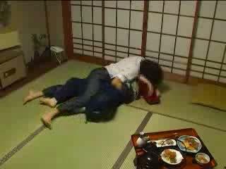 Japonais molested par son husbands frère vidéo