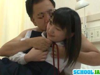 চাইনিজ trainee visits male freind ভেতরের হাসপাতাল