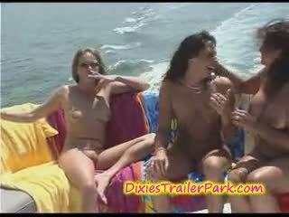heetste boot seks, kijken lesbisch neuken, kwaliteit milf porno