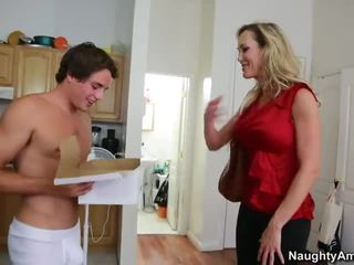 cougar fresh, mom see, mother