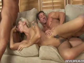 Dolls Has Got Laid Huge And Has Her Clam Creamed