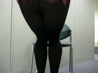Musta sukkahousut runkkaa