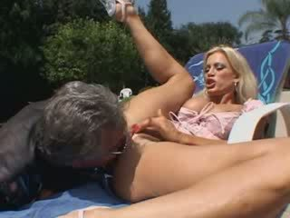 horny bitch pleasure her vagina