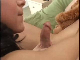 Kaylynn Fills Her Throat With A Hard Meatpole