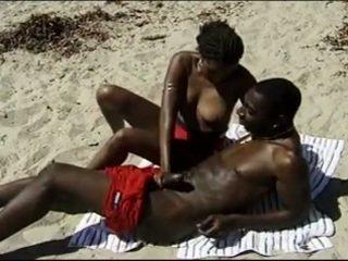 babes scène, heet zwart en ebony, echt publieke naaktheid