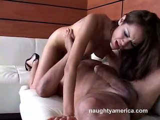 Daisy Dukes Pumping A Hard Meat Cock On Her Mouth