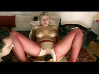 Rambut pirang istri loves painful penetration video