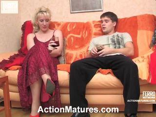 Silvia e maximilian sporco matura azione